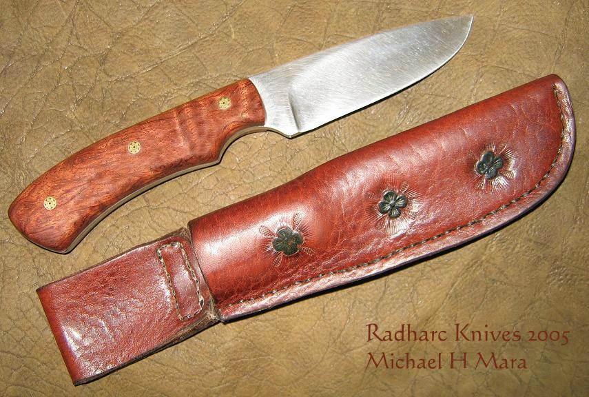 Hand made high performance knives for collectors